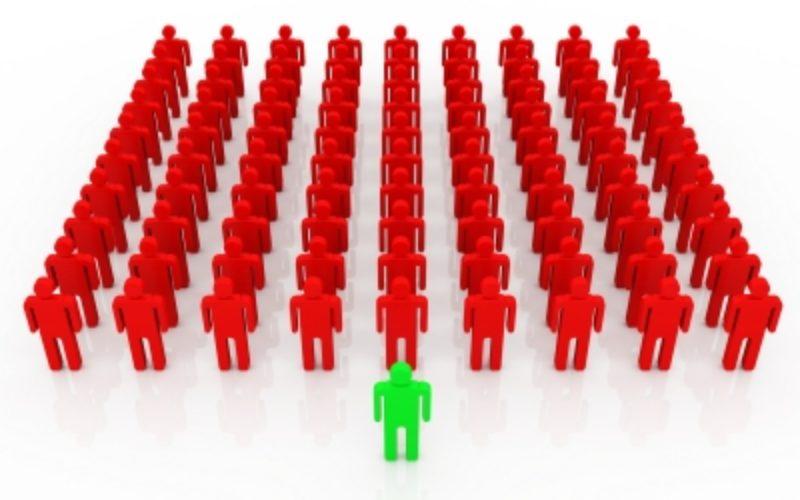 Типовые ошибки работодателей при подборе менеджеров по продажам: Ошибка №2 — поиск сотрудников с «базой клиентов»